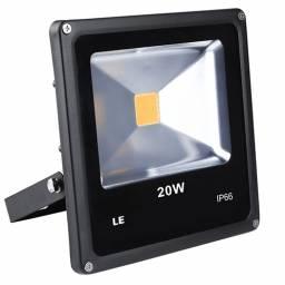 LUZ LED EXTERIOR 20W